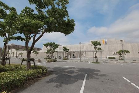 沖縄県立博物館・美術館・外観(横):No.0047