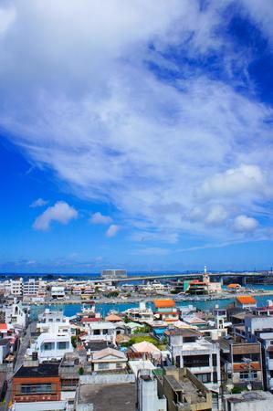 糸満漁港付近の街並み(縦):No.0650
