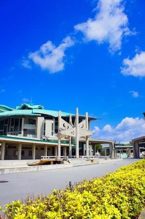 沖縄コンベンションセンター・劇場棟(縦):No.0949