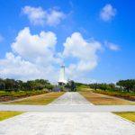 沖縄平和祈念堂の広場(横):No.0839