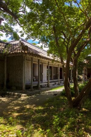 おきなわ郷土村・地頭代の家(縦):No.1158