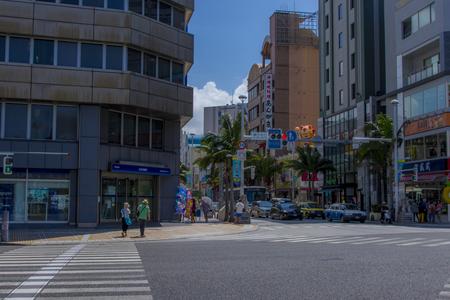 国際通り・県庁北口の交差点より(横):No.1554