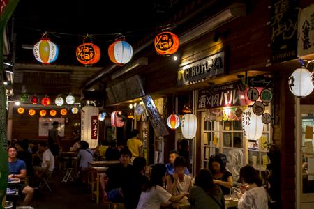 国際通り屋台村(夜)・施設内(横):No.1634