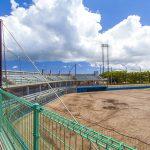 読谷平和の森球場・観覧席とグラウンド(横):No.2054