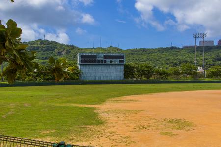 南城市営新開球場・グラウンド外野側とスコアボード(横):No.2314