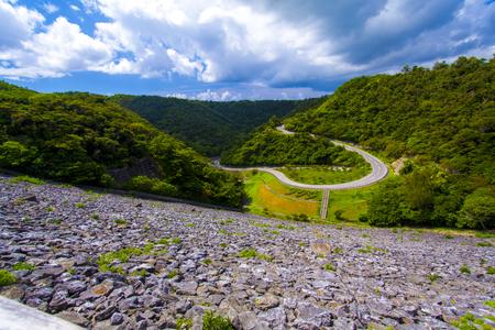福地ダム・ダム周辺の森が見える景色(横):No.2165