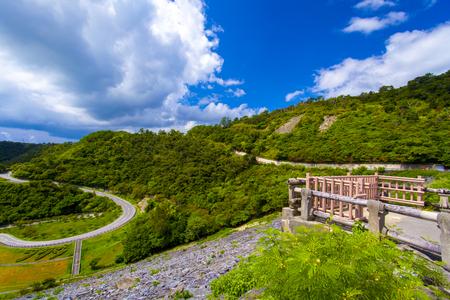 福地ダム・展望所と周辺の森(横):No.2166