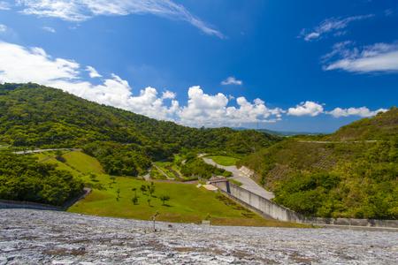 羽地ダム・周辺の森の景色(横):No.2200
