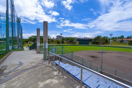 宜野座球場・3塁ベンチ側(横):No.2213