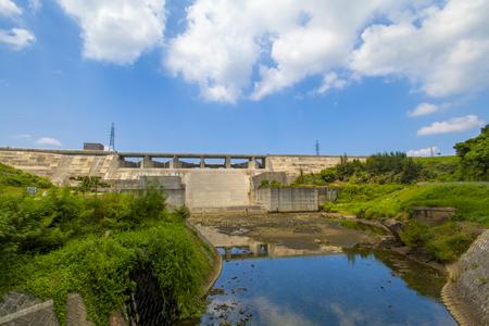 金武ダム・洪水吐き(横):No.2254