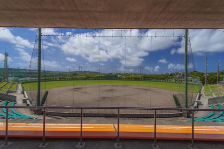 東風平野球場・内野観覧席から見たグラウンド(横):No.2300