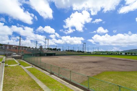 東風平野球場・外野観覧席から見たグラウンド(横):No.2307