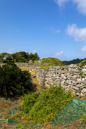久米島・具志川城跡の風景(縦):No.3464